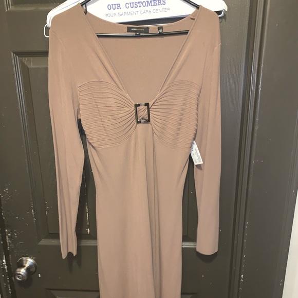 BCBGMaxAzria Dresses & Skirts - BCBG Maxazaria size M women's dress
